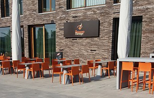 Brasserie Barrage Waregem outdoor furniture Pedrali